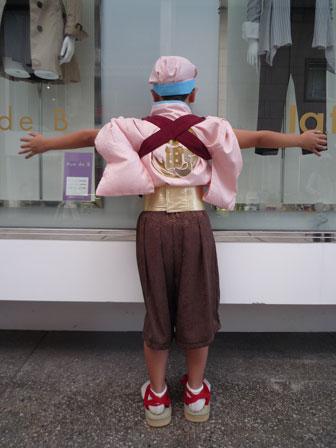 2010年男の子衣装後ろ